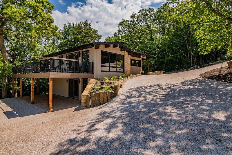 Rock Ledge Retreat, casa vacanza a Ridgedale