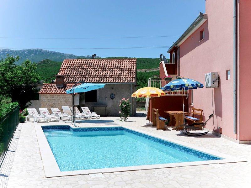 Marija (OMI150), vacation rental in Vedrine
