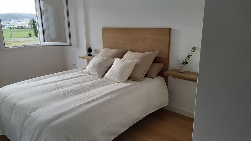 Apartamento-loft Costa da Morte-Vimianzo, vacation rental in A Ponte do Porto