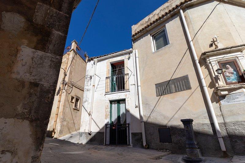 Piccola casetta centro storico Noto (SR), holiday rental in Lenzevacche