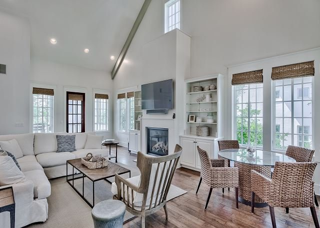 Southern Serenity Cottage - 2020 Tracery Redesign, Pool, 3-Minutes to Beach, holiday rental in Rosemary Beach