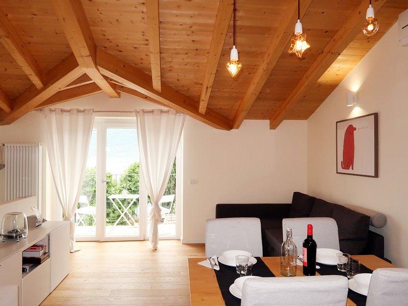 Sormani (PLL154), holiday rental in Pusiano
