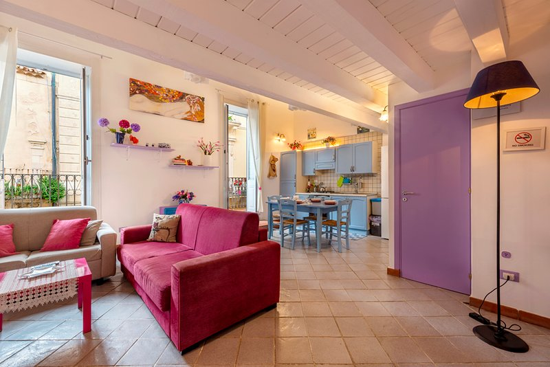 Beautiful and Cozy In the heart of everything, Ferienwohnung in Isola di Ortigia