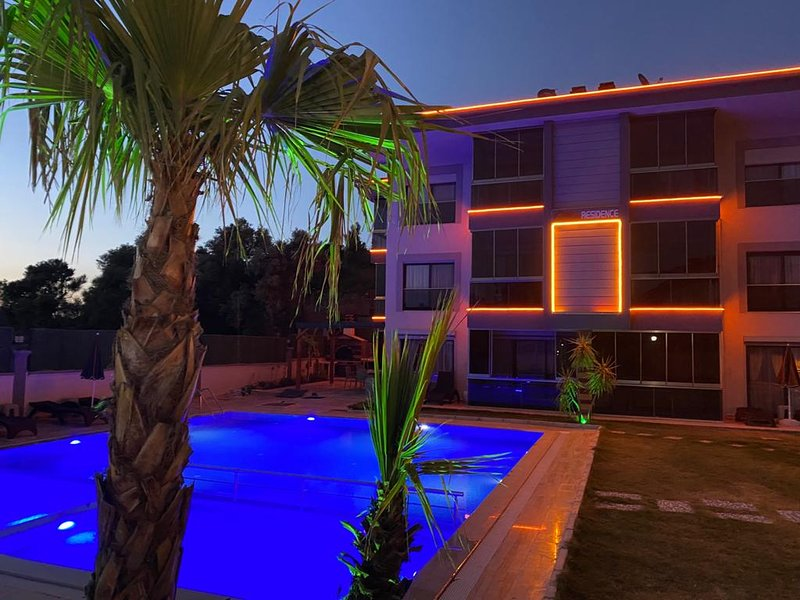 IDEAL HOLIDAY HOME ENJOY YOUR HOLIDAY, location de vacances à Ozdere