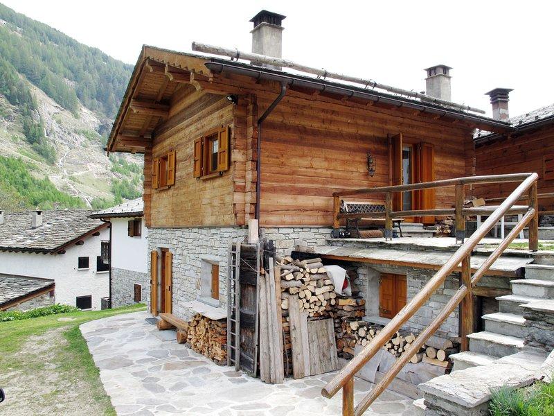 Chalet (MSM120), vacation rental in Borgonuovo