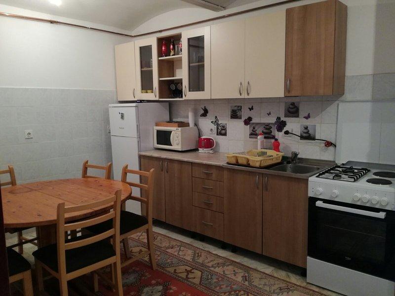 Apartment Splitska 7, holiday rental in Lukavica
