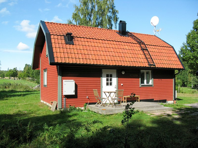 Grönede (OST006), holiday rental in Bjarkeryd
