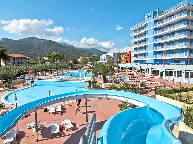 Ai Pozzi Residence Village & Spa(LNO123), holiday rental in Toirano