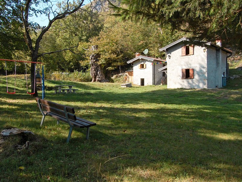 Baite Pidaggia (CZZ150), holiday rental in Villa Guardia