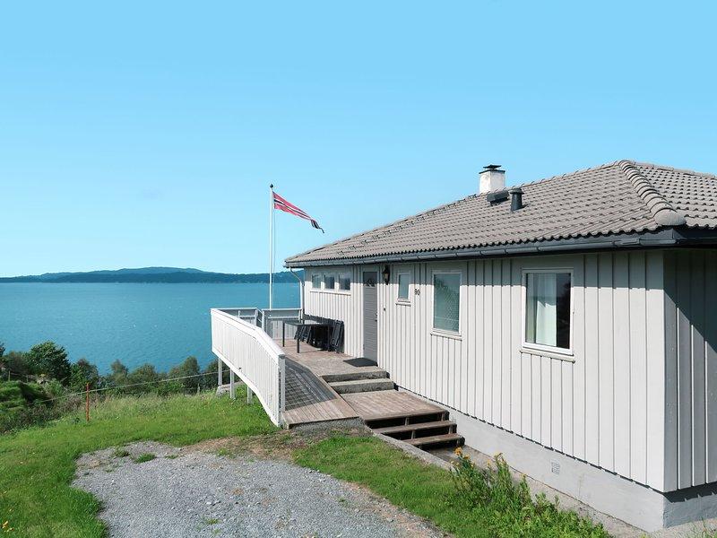 Heimtun (FJH668), holiday rental in Stord Municipality