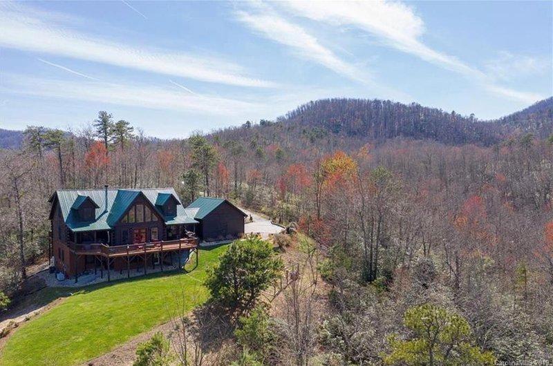 Black Mountain Hilltop Retreat, location de vacances à Ridgecrest