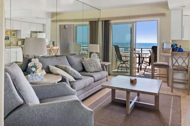 Marina Del Mar 301A - Beach & Ocean View, vacation rental in Oceanside