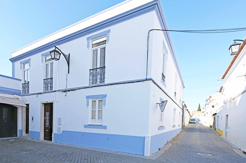 Matriz Guest House - In the heart of Alentejo, alquiler vacacional en Cuba