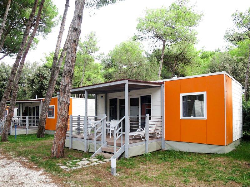 Camping Village Baia Domizia (BDO124), vacation rental in Casamare