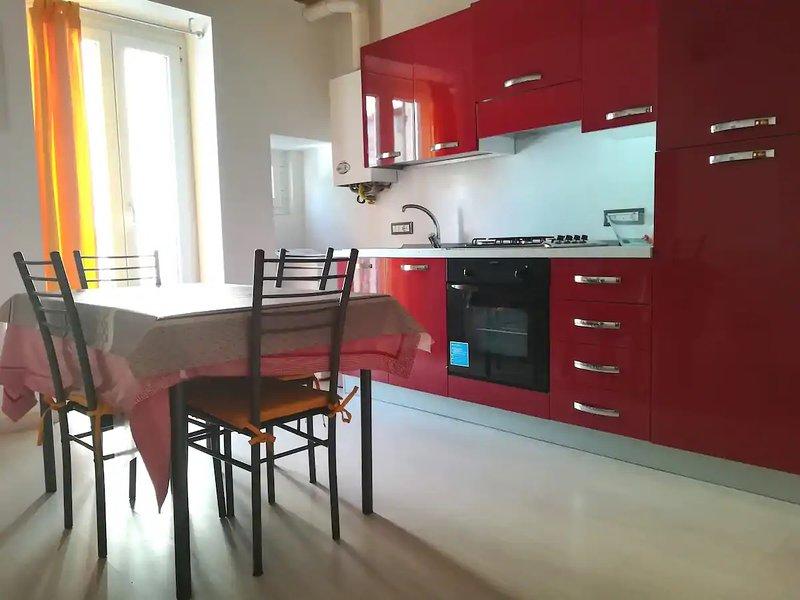 Intero appartamento a 15 inuti dal mare, alquiler vacacional en Villa Oliveti