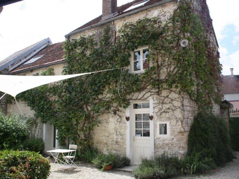 La Petite Maison d'été, location de vacances à Fralignes