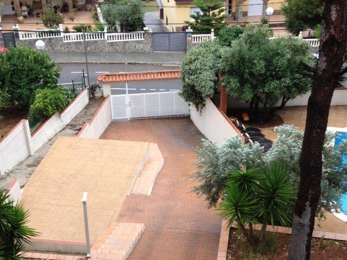 Villa Mas Romeu - Coast & Mountain and private pool, vacation rental in L'Arboc