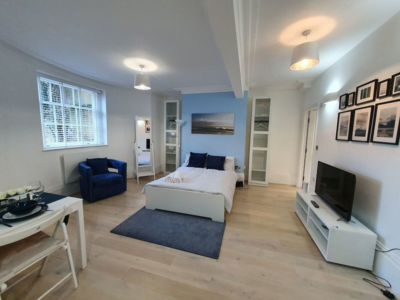Lux Kings RD City Centre Studio Apartment Reading, casa vacanza a Reading