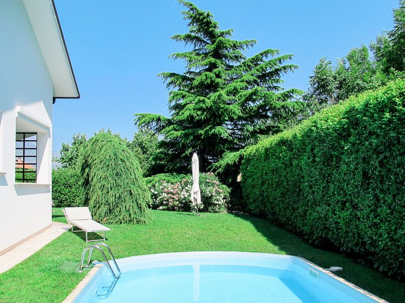 Candida (CCO900), holiday rental in Cercino