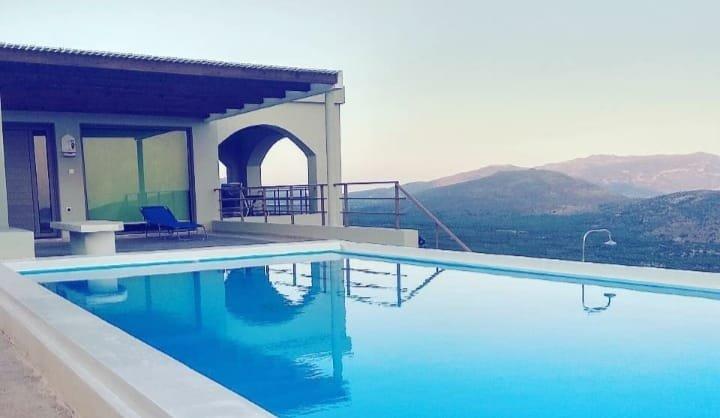 Sunset and Sea view, location de vacances à Mokhlos
