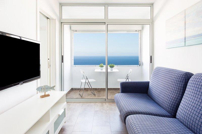 Home2Book Ocean View Bajamar Natural Pool & Beach5, holiday rental in Tejina