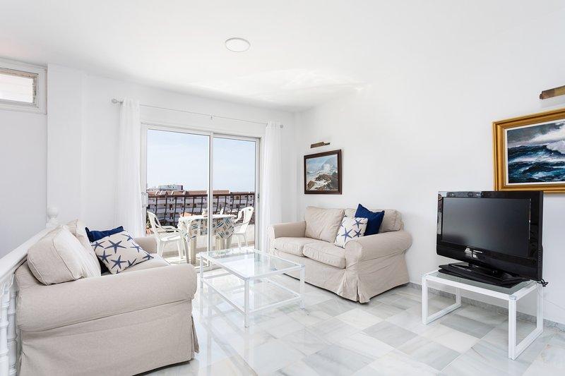 Home2Book Stunning Sea Views Adeje, Wifi & Pool, holiday rental in La Caldera