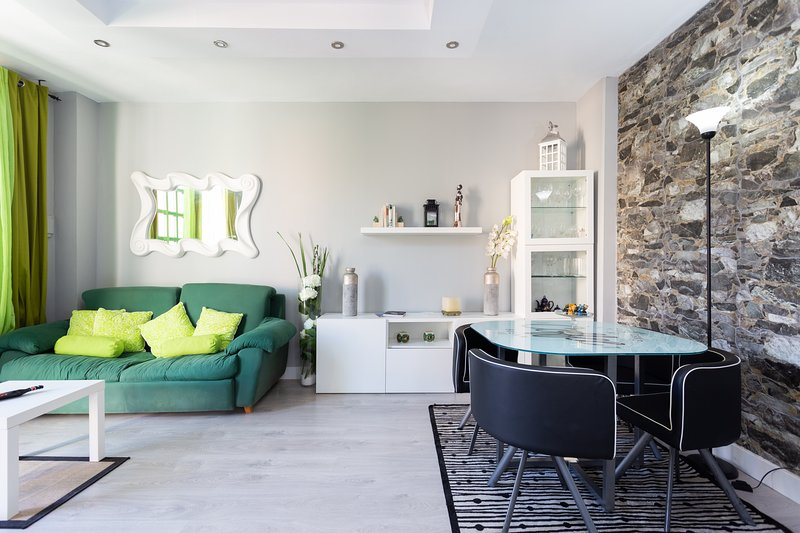 Home2Book Stunning Sea Front House +Wifi, location de vacances à Fasnia