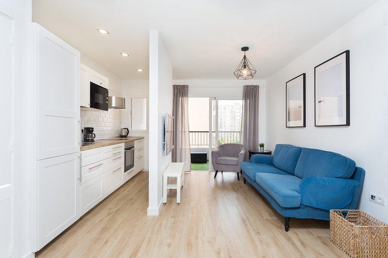 Home2Book Modern Center Apartment +WiFi & Terrace, aluguéis de temporada em Santa Cruz de Tenerife