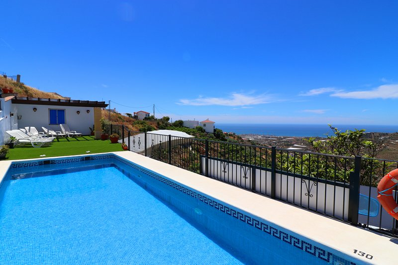 1090 Villa las Flores, vacation rental in Torrox