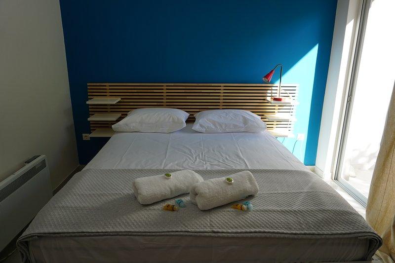 Domus Mare-House by the sea-Apartment IV, alquiler de vacaciones en Trikala