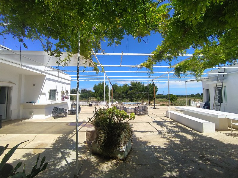 Torre Aloe (Torre Guaceto / Carovigno), vacation rental in Carovigno