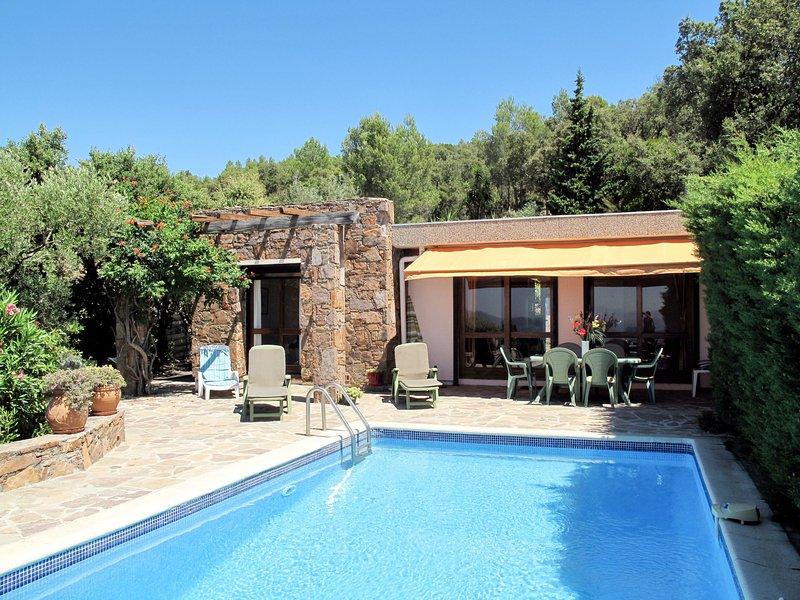 Panoramique (AGY120), casa vacanza a Boulouris