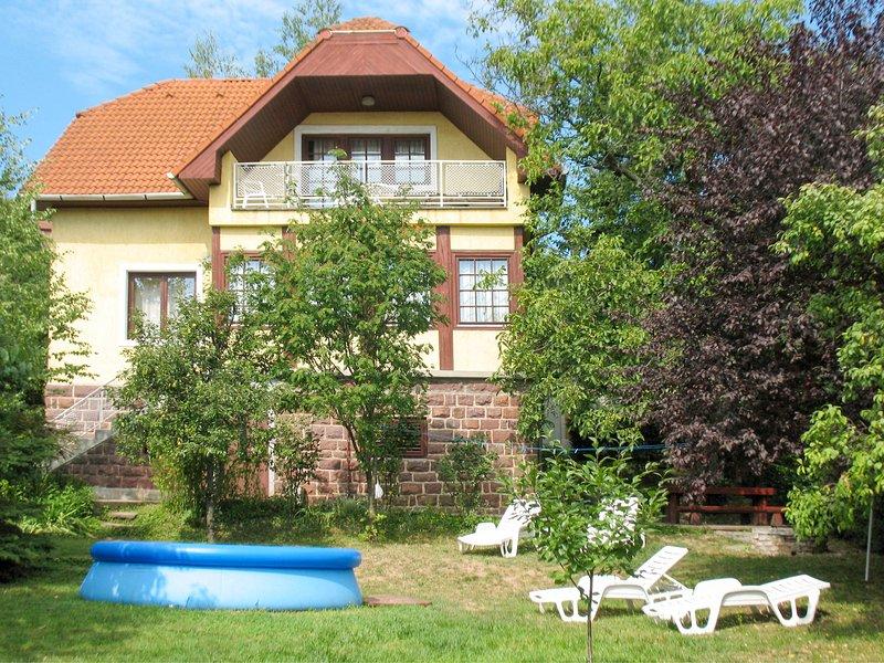 Csonka (ALD304), holiday rental in Lovas