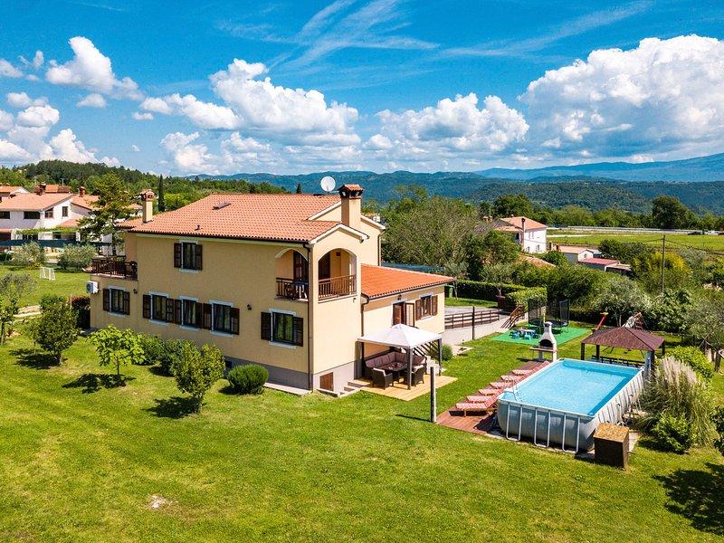 Helena (IPC131), alquiler de vacaciones en Gracisce