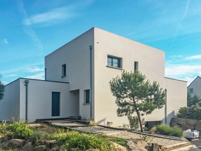 Aquarii (ACV405), holiday rental in Regneville-sur-Mer