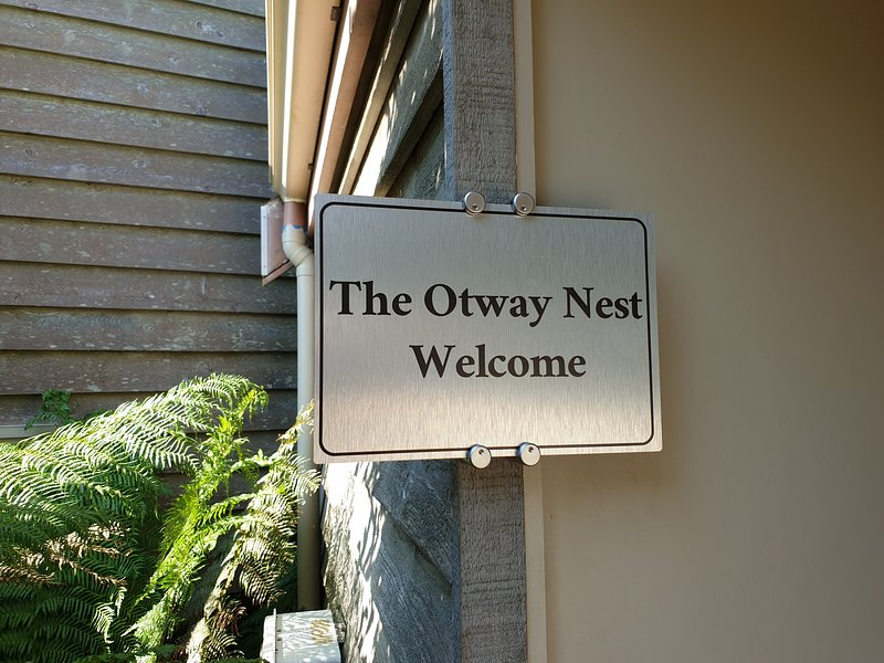 The Otway Nest - rainforest, nature and relax for two., vacation rental in Kennett River