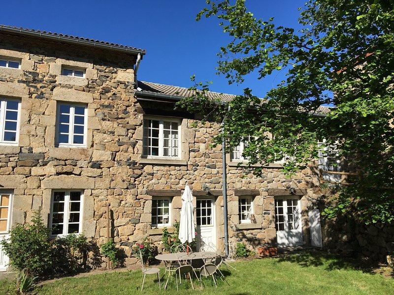Gîte l'Atelier du Peintre, location de vacances à Bas-en-Basset