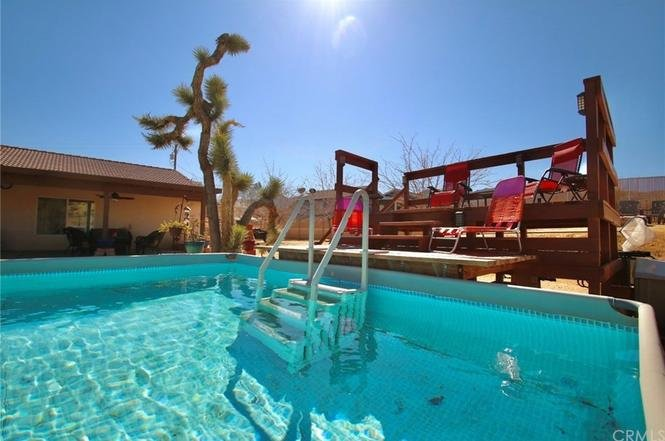 Park Entrance Paradise w/ Pool, Grill, Billiards, EV Charging, holiday rental in Joshua Tree