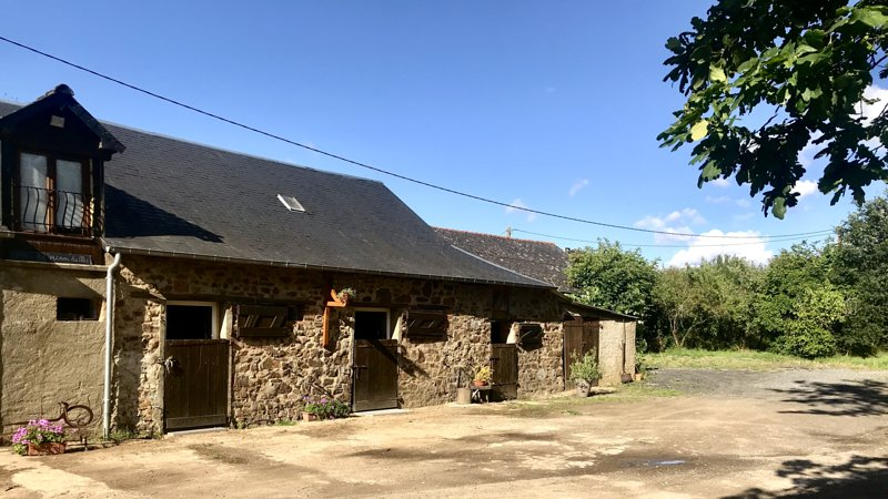 Gîte des Hirondelles, holiday rental in Torce-Viviers- en-Charnie