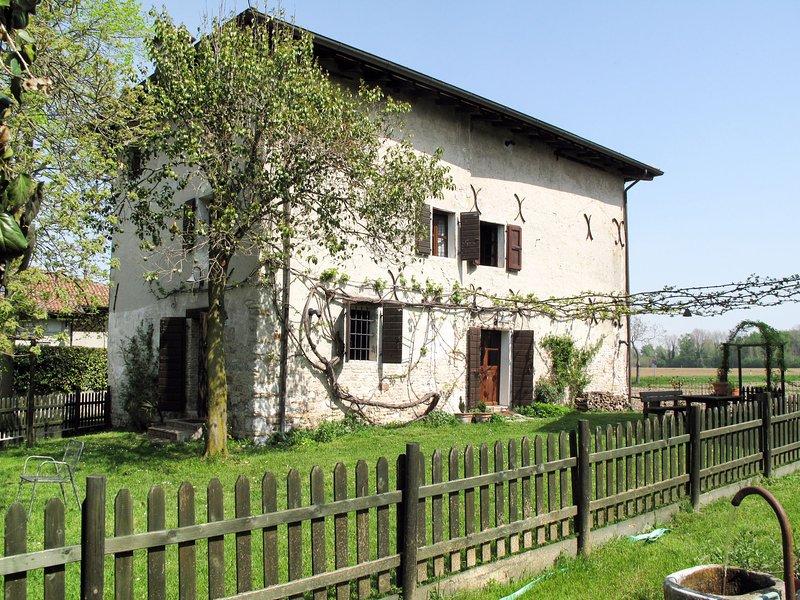 Casa del Pergolato (SSL151), holiday rental in Strassoldo