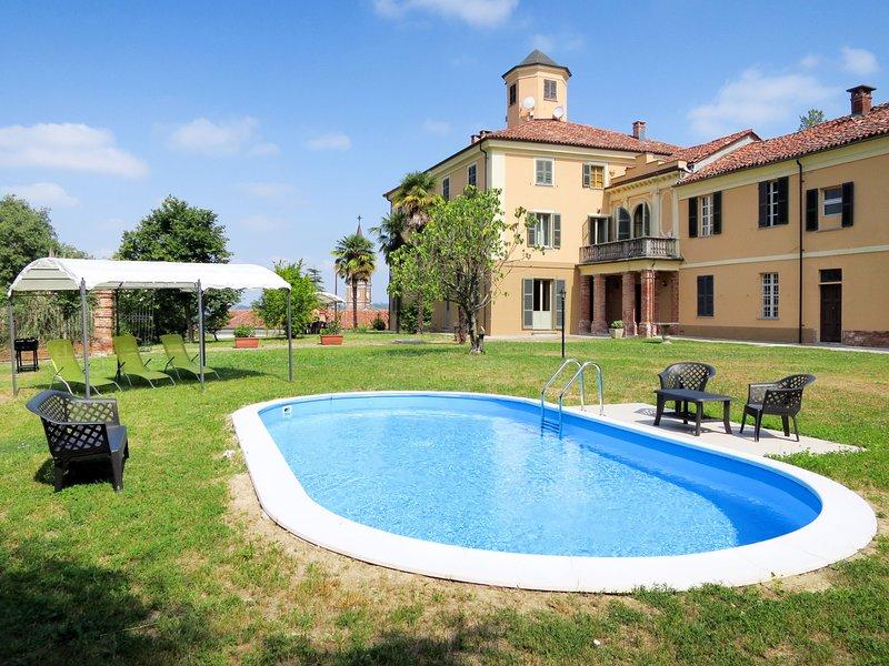 Castello di Mombarone (AST400), alquiler vacacional en Frinco