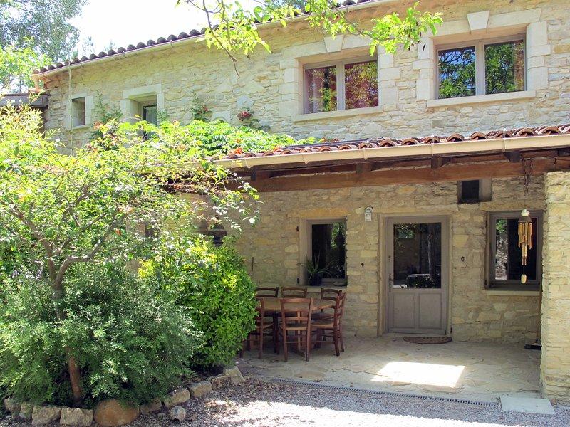 Maison du Maître (SNC105), vakantiewoning in Les Mees