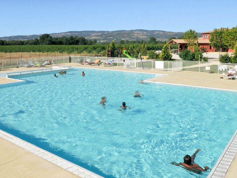 Du Lac (VCA101), holiday rental in Bourg-les-Valence