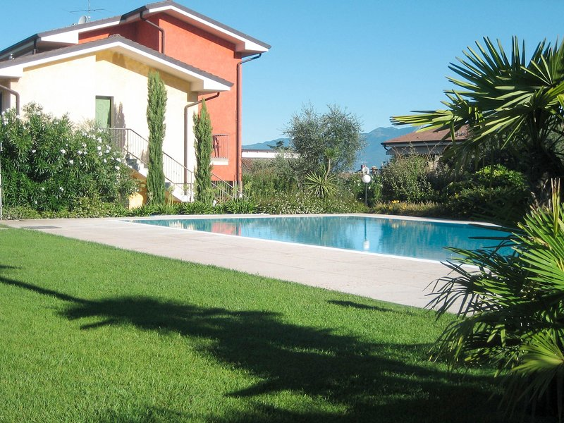 Le Camelie (LAZ131), vacation rental in Pastrengo