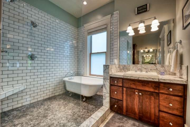 Master bath with dual shower heads and relaxing soaking tub