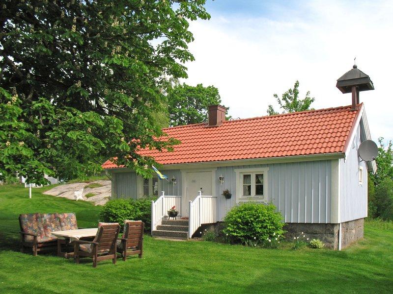 Hökagården (SND055), casa vacanza a Overlida