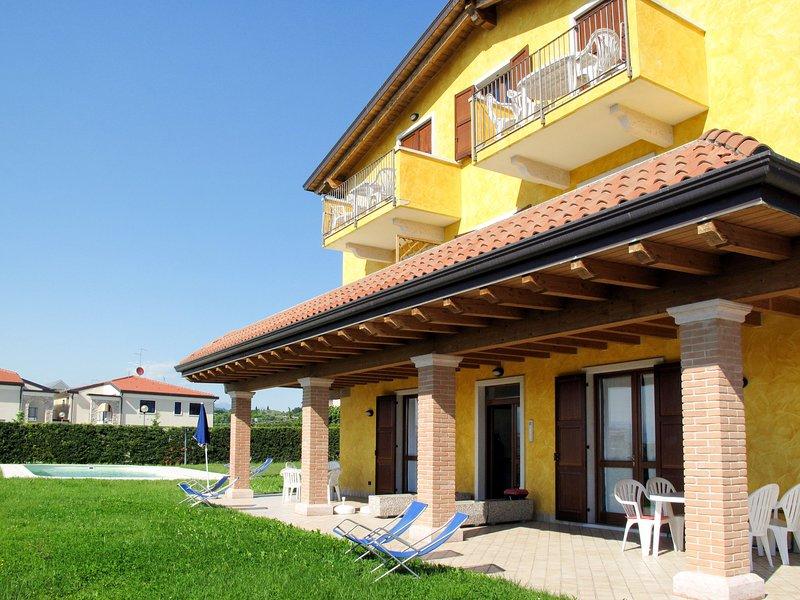 Rossa e Gialla (LAZ170), vacation rental in Pastrengo