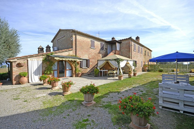 Casale Valdichiana, vacation rental in Creti