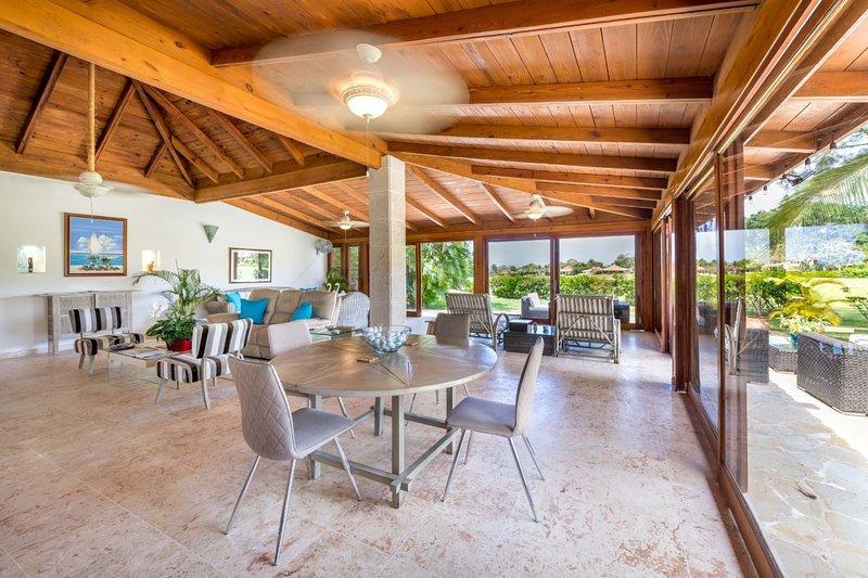 Gorgeous Golf, Lagoon & Ocean Views- Casa de Campo, holiday rental in San Pedro de Macoris