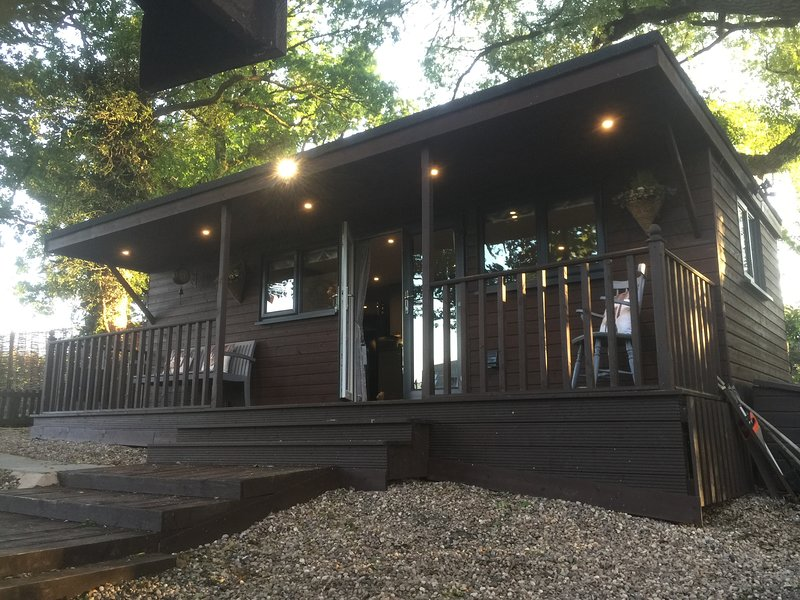 The hideaway lodge, holiday rental in Long Itchington